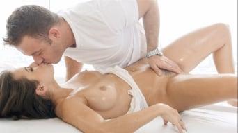 Keisha Grey in 'Sensual Massage'