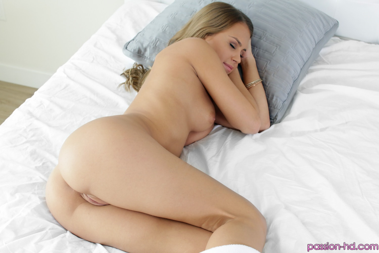 Passion HD 'Pussy Lover' starring Kendall Kayden (Photo 5)